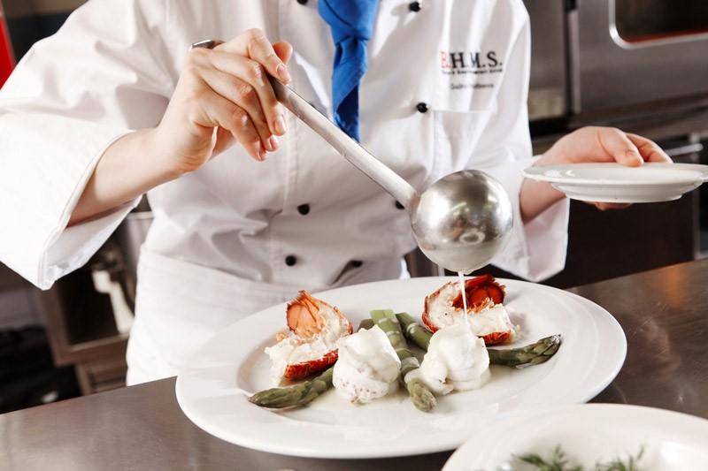 Phòng bếp thực hành ẩm thực